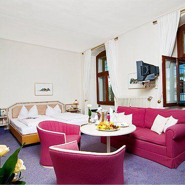 Hotelzimmer mit Doppelbett